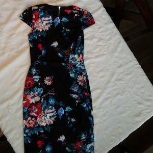 Betsy Johnson womens flowered dress size 6